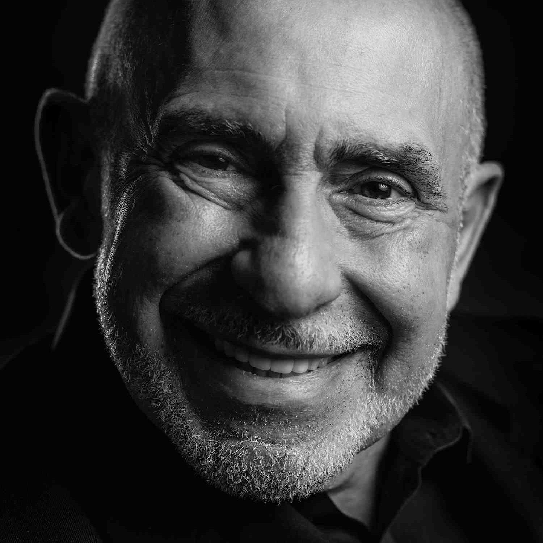 Dr. Mario Garcia
